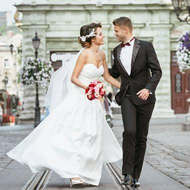 Простые свадебные платья: модные фасоны, короткое, пышное и длинное (53 фото)