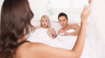Муж ушел из семьи — как себя вести: советы психолога