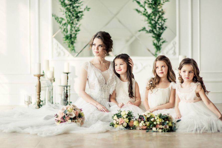 Дети на свадьбе родителей: что могут делать, брать ли