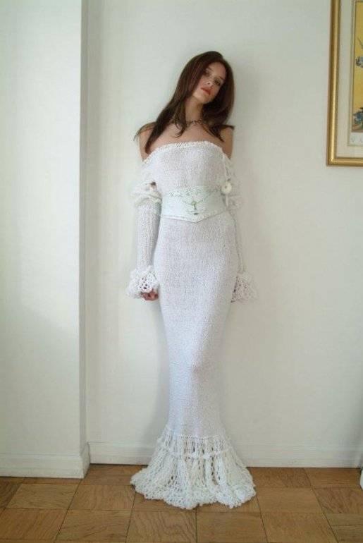 Примерка чужого свадебного платья: примета и ее значение