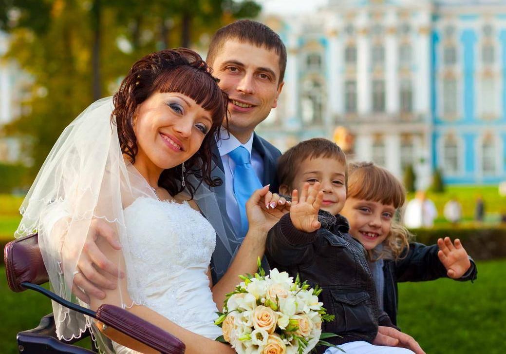 Реквизит для свадебной фотосессии: советы и идеи