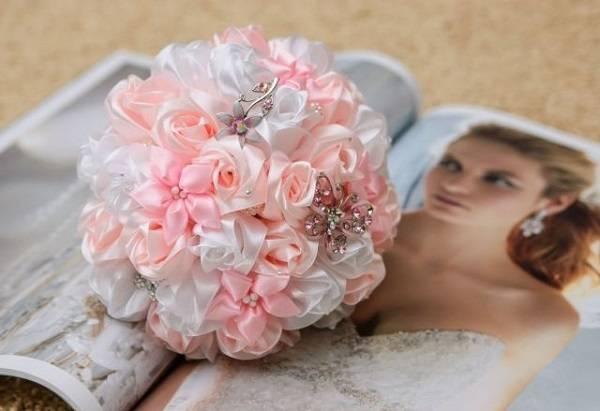 Мастер-класс поделка изделие свадьба моделирование конструирование свадебный букет невесты из брошей мк