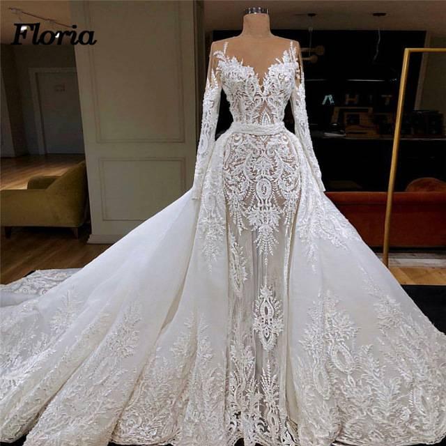 Модные вышитые платья 2020-2021: красивые платья с вышивкой - фото тренды