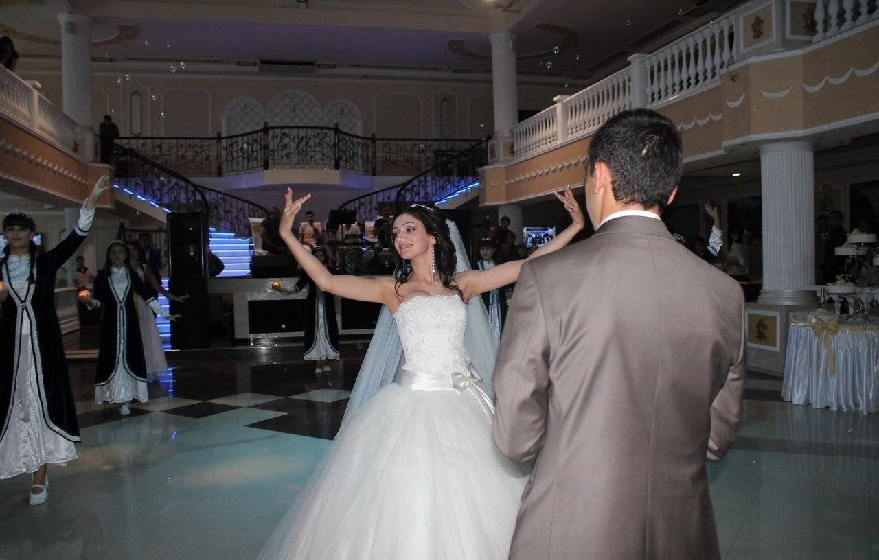 Армянская свадьба: традиции и обычаи