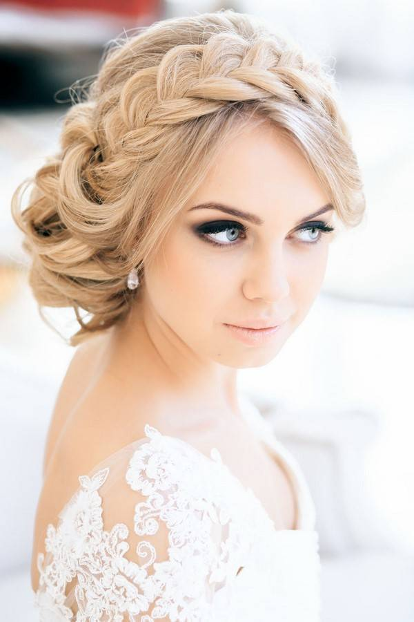 Лучшие варианты причесок на свадьбу в 2020 году