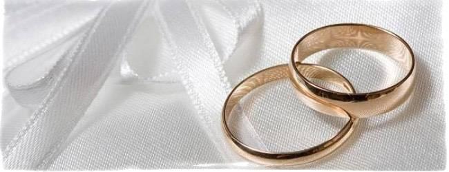 Приметы про обручальные кольца — какими должны быть свадебные символы