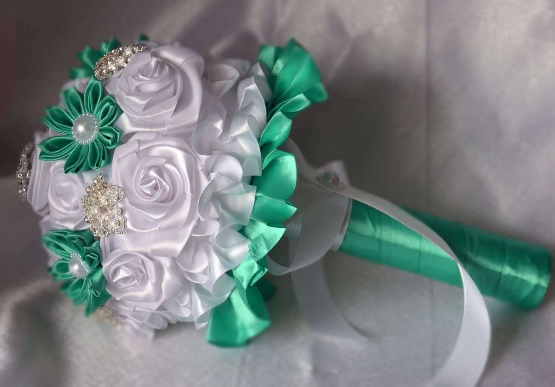Свадебный букет из лент (84 фото): будет невесты на свадьбу своими руками в технике канзаши. как сделать вариант из ленточек пошагово?