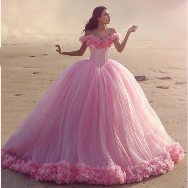 Свадебные платья разных цветов