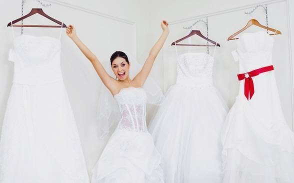 Свадебный букет под платье цвета айвори фото