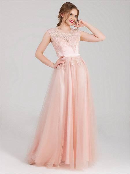 Красивое нежно-розовое платье – на выпускной, свадьбу, вечернее, летнее, кружевное, в пол, длинное, короткое, макияж, украшения, обувь