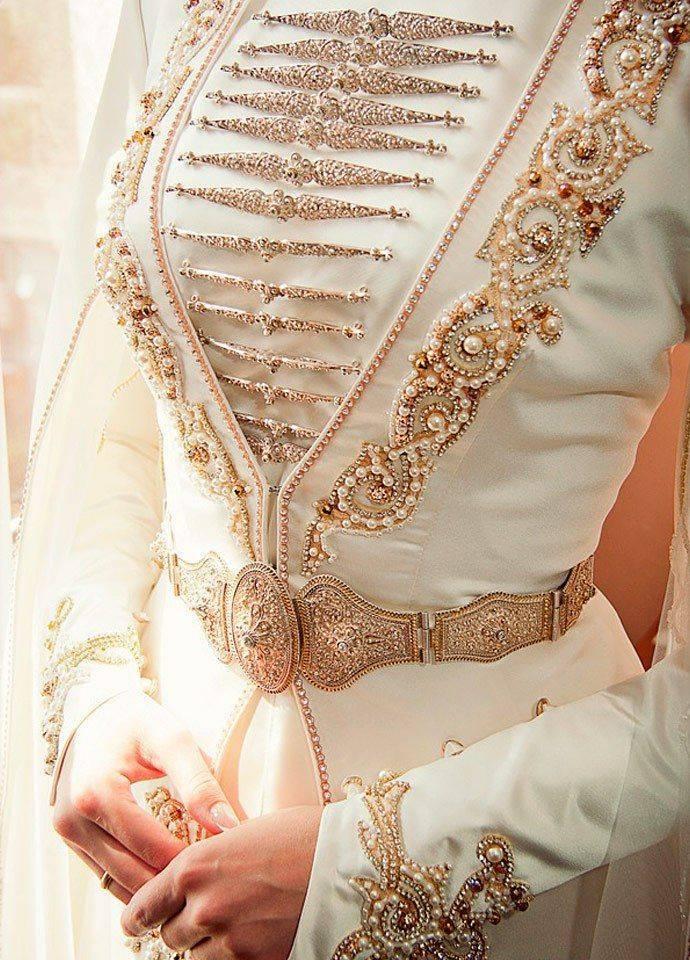 Армянский костюм национальный (66 фото): женский, для танцев, свадебный, для девочки, невесты