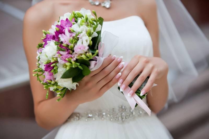 Необычные свадебные букеты невесты: идеи оформления и советы по выбору