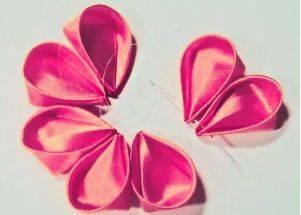 Как из ленты сделать цветок