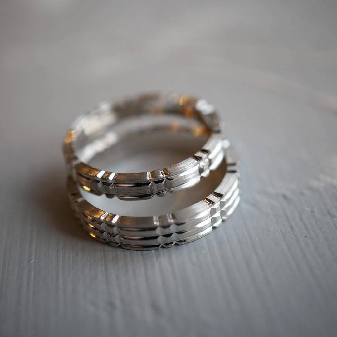 Необычные обручальные кольца для молодоженов: как выбрать самые оригинальные?