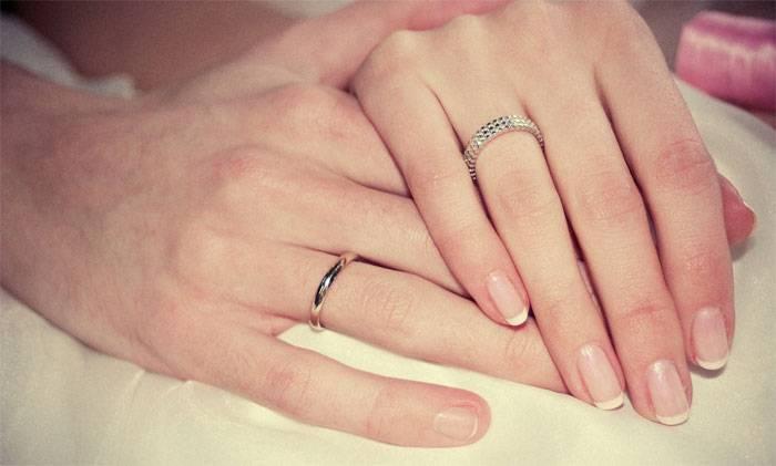 Сюрприз любимому  мужу на годовщину свадьбы, как подарить необычный подарок, чем порадовать, идеи