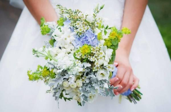 Букет на свадьбу фото  свадебные букеты