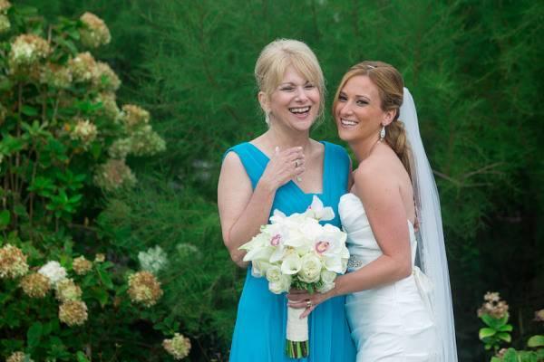 Поздравления с днем свадьбы своими словами красивое от мамы невесты