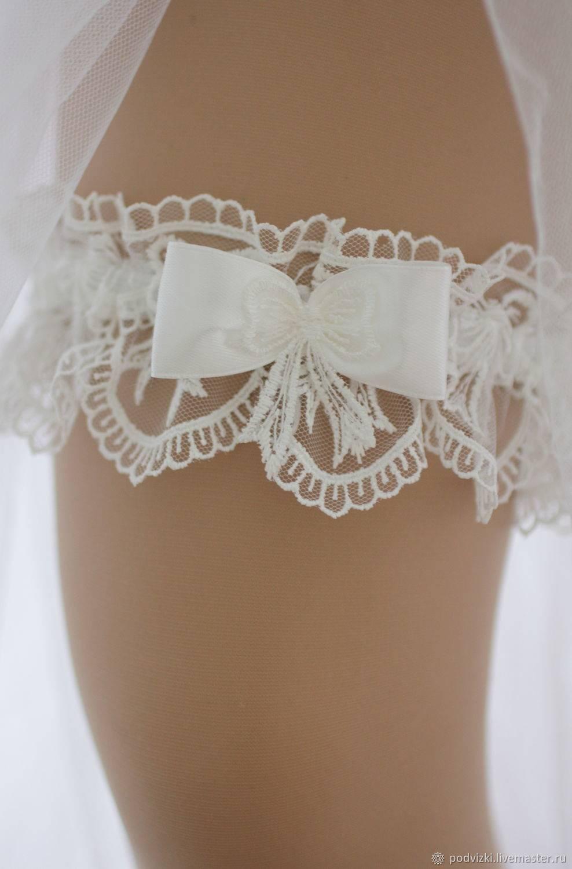 Для чего нужна подвязка невесты и на какую ногу одевать - традиции