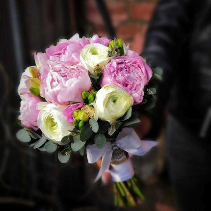 Модные тенденции флористики: самые красивые букеты цветов 2020-2021  - фото идеи