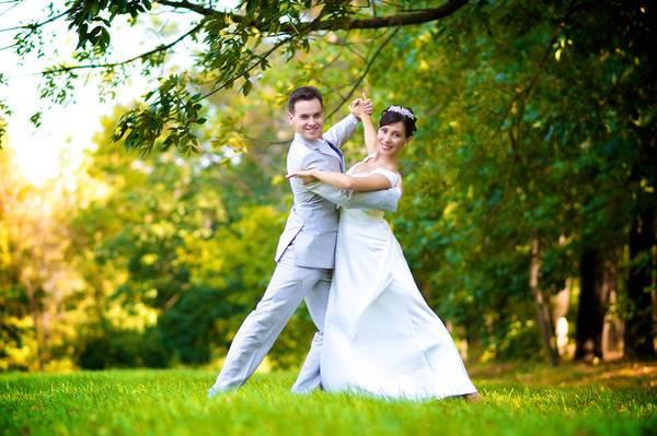 Свадебный танец танго-вальс: видео-уроки