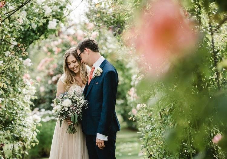 Лунный календарь свадеб 2020 года по месяцам: благоприятные дни