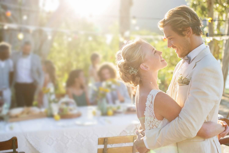 Танцы на русской свадьбе: зажигательные, веселые, современные, народные песни