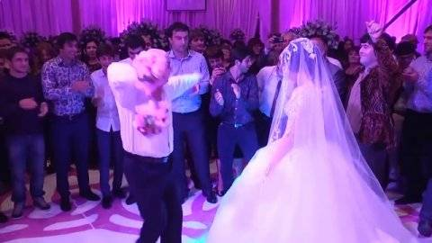 Свадебный танец жениха и невесты: как выбрать стиль и музыку (фото и видео)