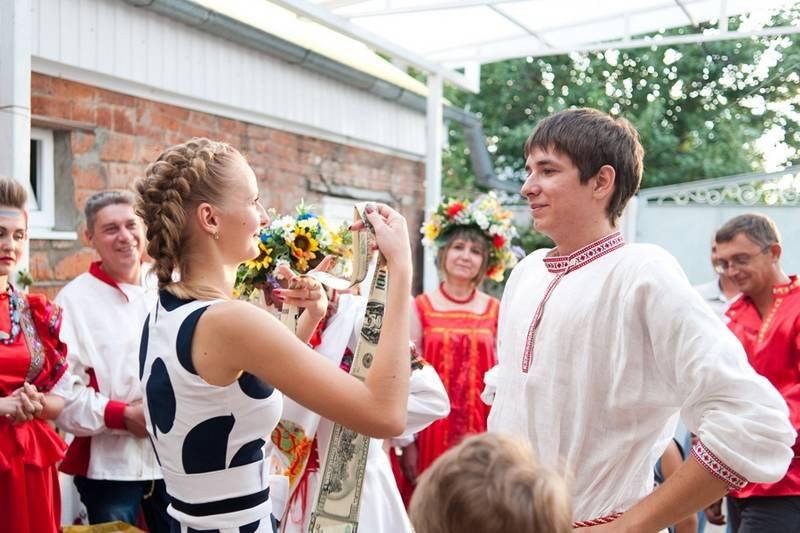 Традиции проведения сватовства со стороны невесты