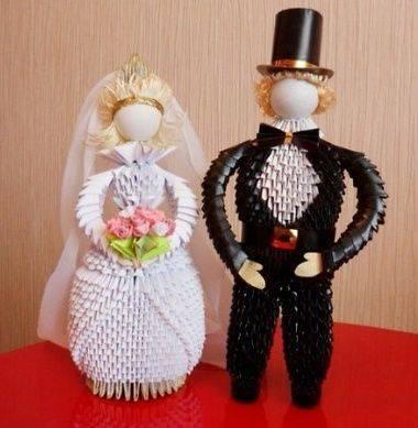 Подарок на бумажную свадьбу (идеи)