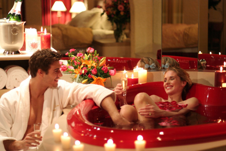 Как подготовиться к первой брачной ночи? как девушке подготовиться к первой брачной... - ответ по темы для взрослых