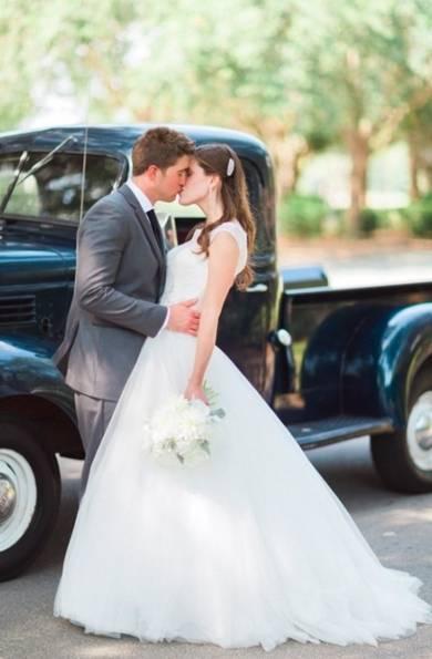 Свадебная фотосессия в студии: советы, идеи и самые красивые фото