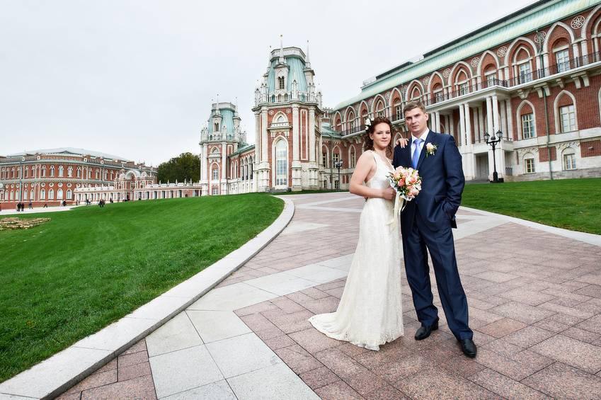 Свадебная прогулка весной. места свадебных прогулок