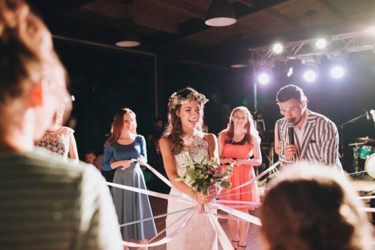 Букет невесты: приметы и традиции