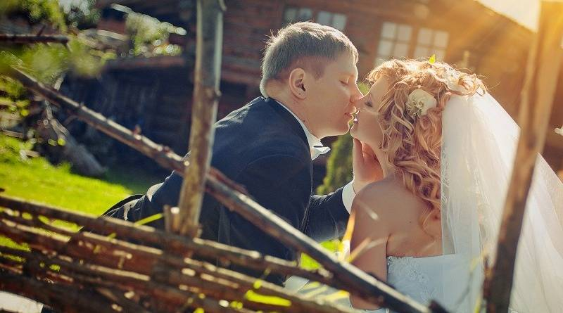 Выкуп невесты: сценарий смешной, современный 2018 в стихах с конкурсами