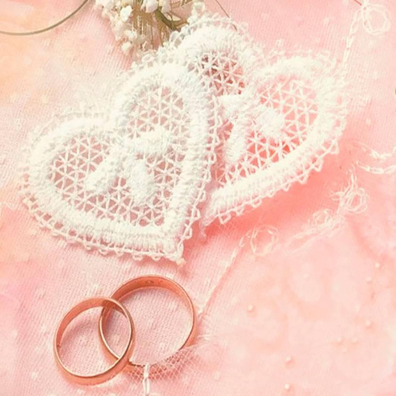 Что подарить на ситцевую свадьбу молодоженам от родителей?