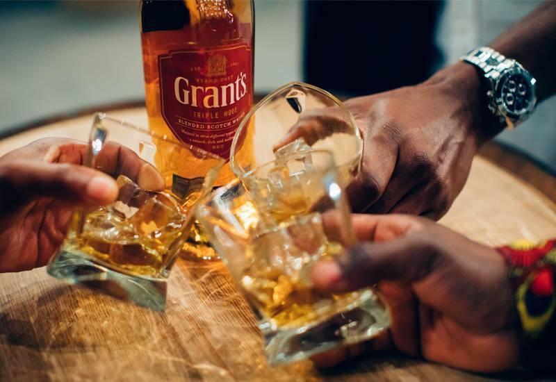 Как рассчитать спиртные и безалкогольные напитки на свадьбу