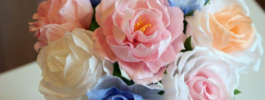 Как сделать красивый пышный букет из живых цветов своими руками? оригинальные композиции из живых цветов