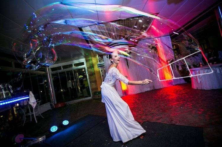 Чем удивить гостей на свадьбе: шоу, отдых, розыгрыши…