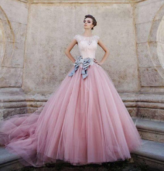 Цветное свадебное платье: создаём красивый и модный образ невесты, разбираемся в фасонах, нюансах и ценах!