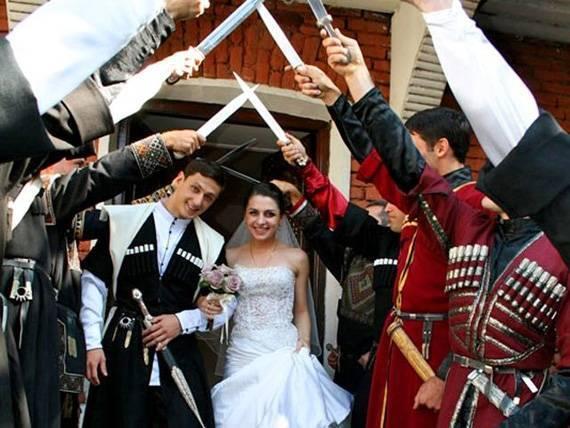 Тост жениха на свадьбе – как под влиянием эмоций правильно выразить свои мысли и чувства