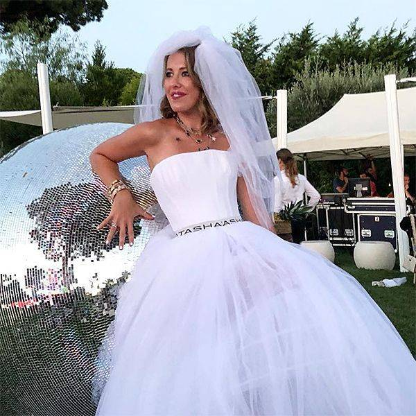 Поймать букет невесты на свадьбе — примета и её значение