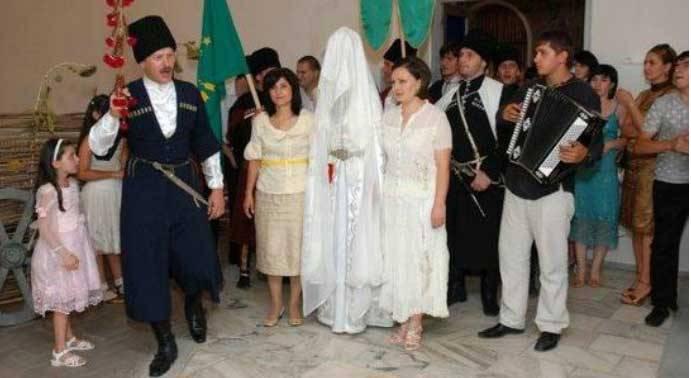 Традиции узбекской свадьбы: от сватовства до брачной ночи