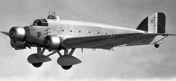 Читать книгу большое небо дальней авиации. советские дальние бомбардировщики в великой отечественной войне. 1941–1945 михаила жирохова : онлайн чтение - страница 2