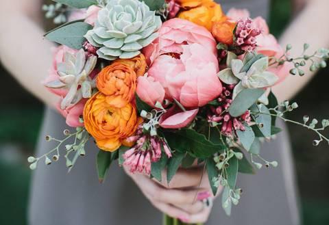 Какие цветы должны быть в букете невесты?