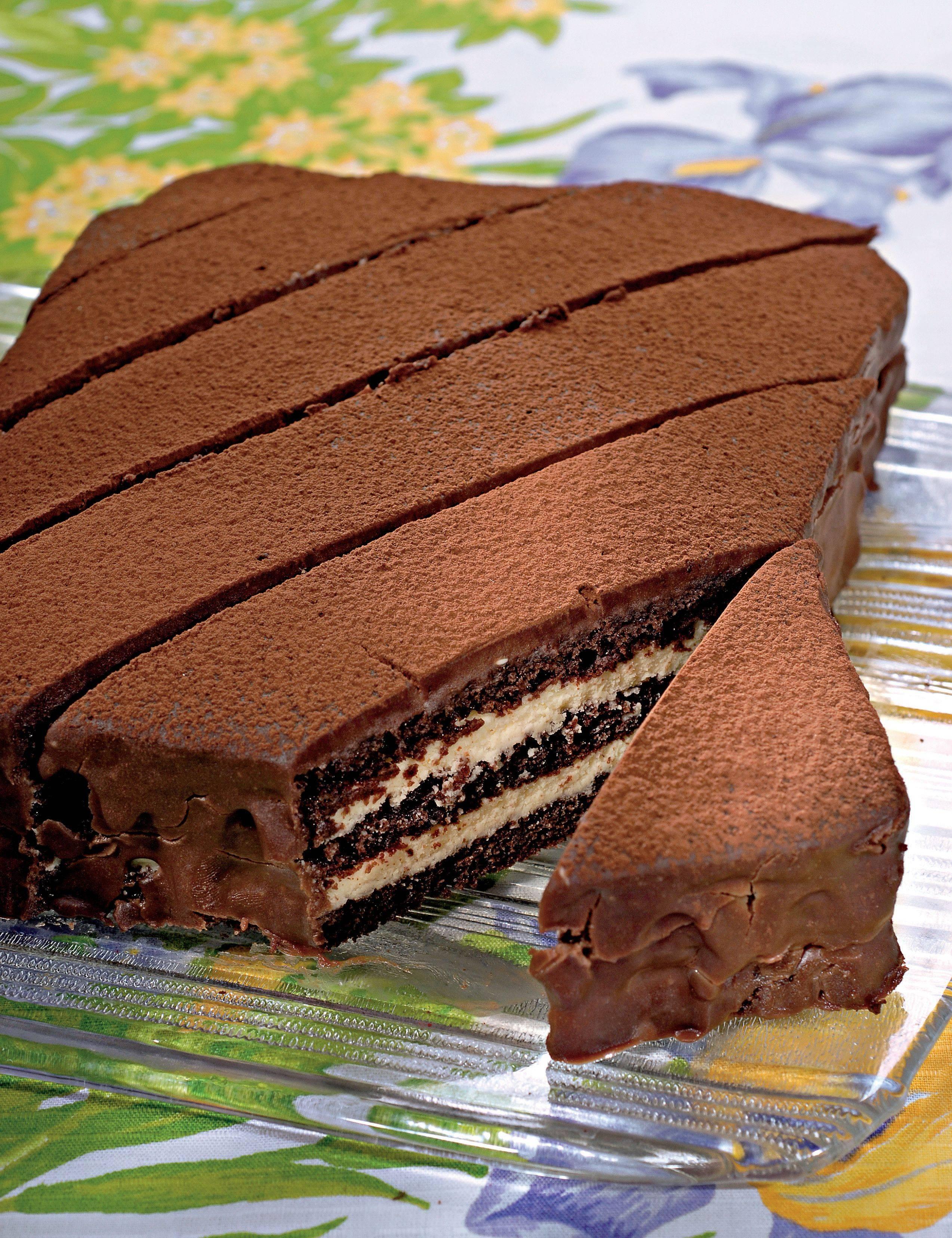 Как украсить торт фруктами: советы и рекомендации по украшению домашней выпечки