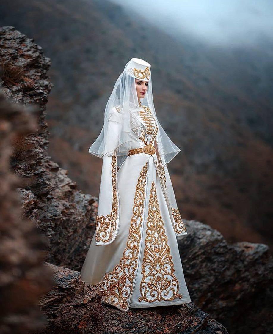 Свадебное платье в стиле бохо (56 фото)