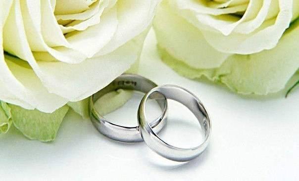 Как отметить рубиновую годовщину (40 лет свадьбы)?