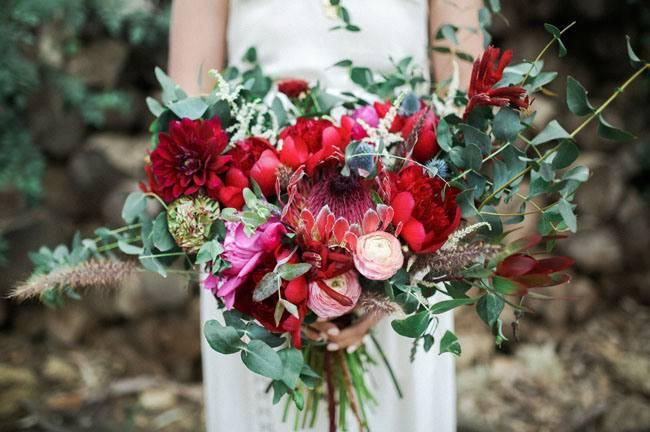 Покупка букета невесты: кому доверить?