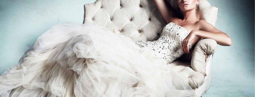 Безупречное белое платье 2020-2021 – топ-10 самых трендовых моделей