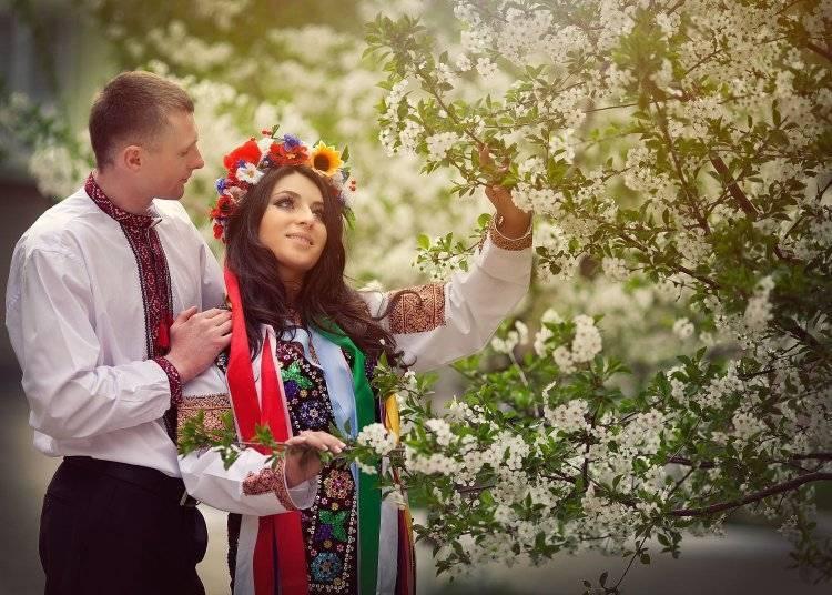 Сватовство со стороны невесты: сценарий торжества с идеями и советами